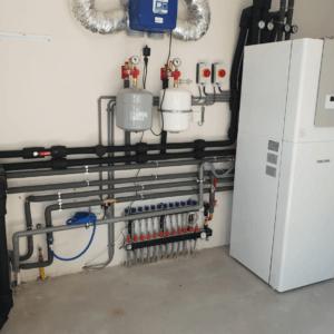 Warmtepomp in technische ruimte